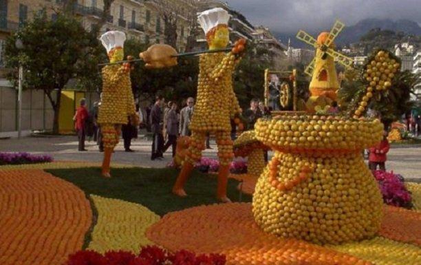 Международный фестиваль апельсинов в  Финике